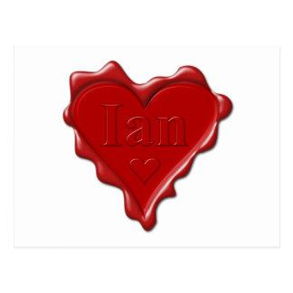 Ian. Rotes Herzwachs-Siegel mit Namensian Postkarte