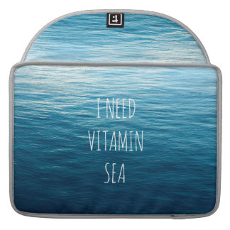 ICH BENÖTIGE VITAMIN-MEER - Rickshaw Macbook Hülse MacBook Pro Sleeve