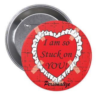 Ich bin auf Ihnen Valentinsgruß-Knopf fest