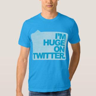 Ich bin auf Twitter-T - Shirt enorm