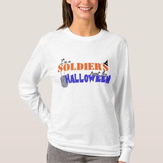 Ich bin die Leckerei eines Soldaten für Halloween T-Shirt