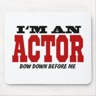 Ich bin ein Schauspieler beuge unten vor mir Mousepads