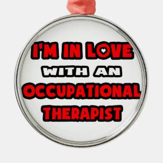 Ich bin in der Liebe mit einem beruflichen Silbernes Ornament