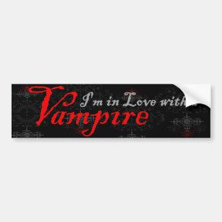 Ich bin in der Liebe mit einem Vampire Autoaufkleber