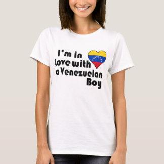 Ich bin in der Liebe mit einem venezolanischen T-Shirt