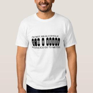 Ich bin NICHT EIN ALKOHOLIKER, den ich EIN Shirts