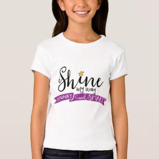 ich glänze mein Weise Spunky und intelligentes T-Shirt