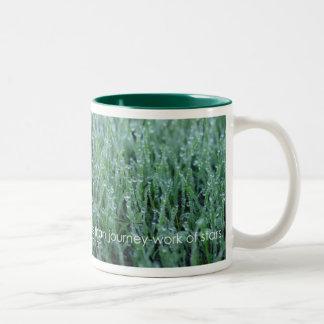 Ich glaube - Walt Whitman Zweifarbige Tasse