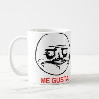 Ich Gusta stelle Meme gegenüber Kaffeetasse