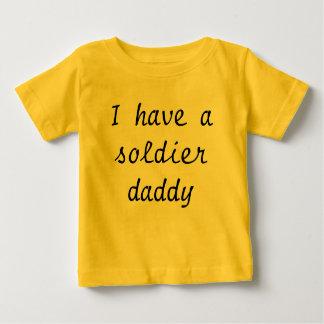 Ich habe asoldier Vati Baby T-shirt