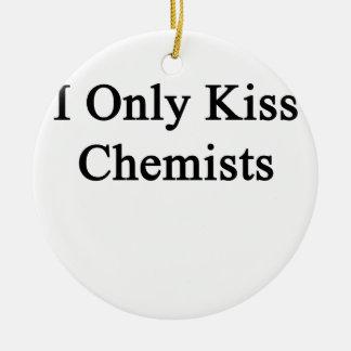 Ich küsse nur Chemiker Rundes Keramik Ornament