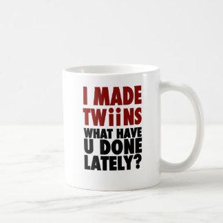 Ich machte Zwillinge, was Sie kürzlich getan haben Kaffeetasse