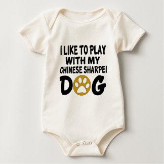 Ich mag mit meinem chinesischen Sharpei Hund Baby Strampler