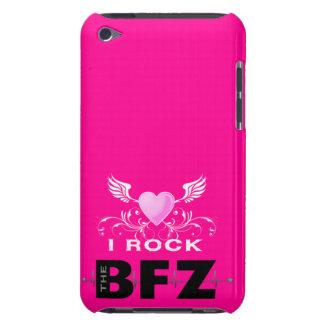 Ich schaukele das BFZ im Rosa iPod Case-Mate Case