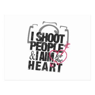 Ich schieße Leute u. strebe das Herz an Postkarte