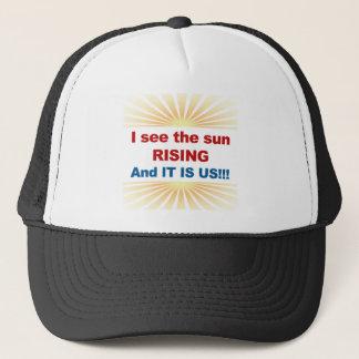 Ich sehe, dass der Sun-Steigen und es wir sind! Truckerkappe