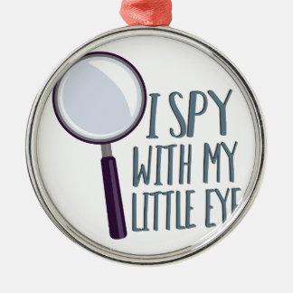 Ich spioniere aus silbernes ornament