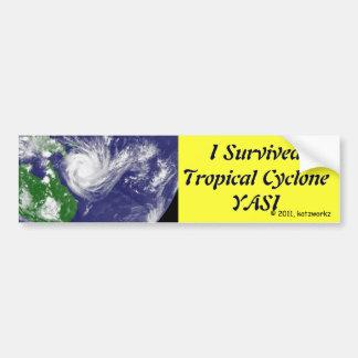Ich überlebte tropischen Wirbelsturm YASI Autoaufkleber