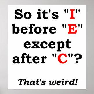 """Ich"" vor lustigem Plakat ""E"""