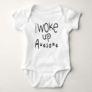 Ich wachte fantastisches Baby-T-Stück auf Baby Strampler
