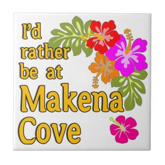 Ich würde eher an Makena Bucht Hawaii sein Kleine Quadratische Fliese