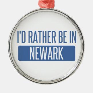 Ich würde eher in Newark OH- sein Silbernes Ornament