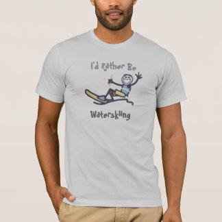 Ich würde eher Wasserskifahren sein T-Shirt
