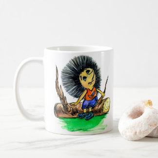 Igel, Charakter, sitzt auf einem Klotz und denkt Kaffeetasse