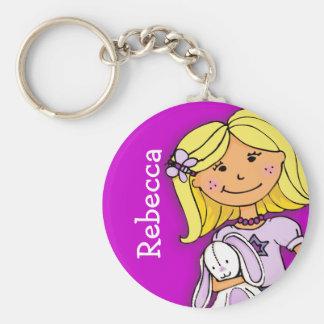 Ihr Buchstabe-Mädchen des Namens 7 blondes lila ke Standard Runder Schlüsselanhänger