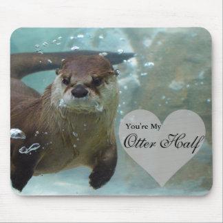 Ihre meine Otter-halbe Brown-Fluss-Otter-Schwimmen Mousepad