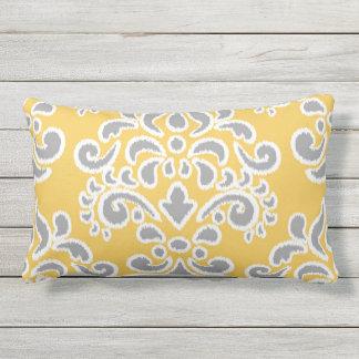 Ikat Blumendamast grau und gelb Kissen Für Draußen