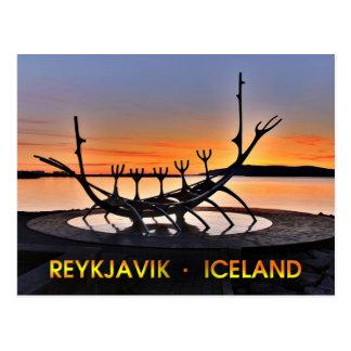 Ikonenhafte Skulptur von Reykjavík, Island Postkarte