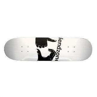 Illustration Friendzoned übergibt Form Skate Board