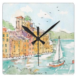 Illustration von Porofino Hafen mit Segelboot Quadratische Wanduhr
