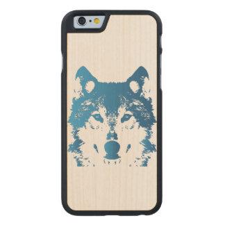 Illustrations-Eis-Blau-Wolf Carved® iPhone 6 Hülle Ahorn