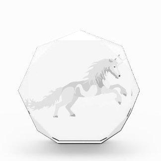 Illustrations-Weiß-Einhorn Acryl Auszeichnung