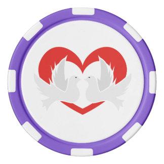 Illustrationsfriedenstauben mit Herzen Poker Chips