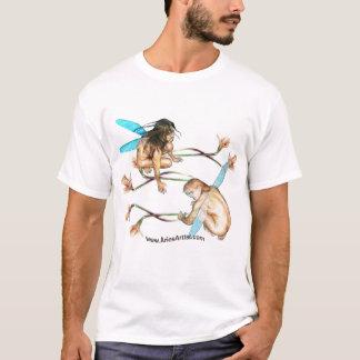 Im Flug eingefroren: www.AriesArtist.com T-Shirt