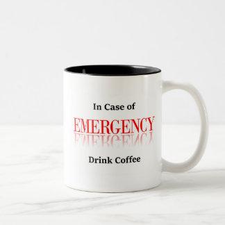 Im Notfall Getränk-Kaffee-Tasse Zweifarbige Tasse