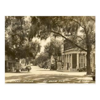 Im Stadtzentrum gelegen, Berg Dora, FL - 1947 Postkarte