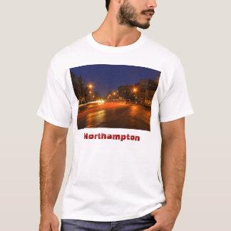 Im Stadtzentrum gelegene Dämmerung Northamptons T-Shirt