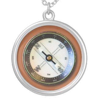 Imitat-Kompass Schmuck