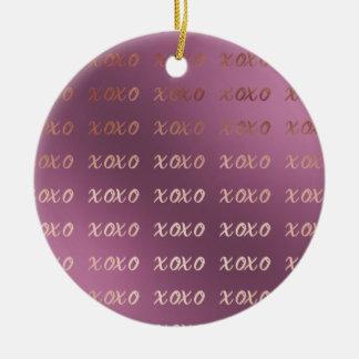 Imitat-Rosen-Goldtypographie umarmt und küsst xoxo Keramik Ornament