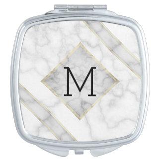 Imitat-weißer Marmor u. beige Alabaster mit Schminkspiegel