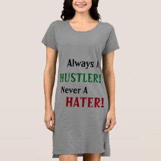 Immer ein Arbeitstier nie ein Hater-KleiderShirt Kleid
