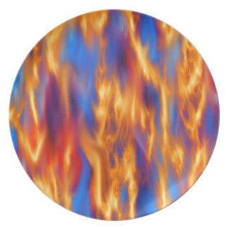 In Brand gesetzt durch Kenneth Yoncich Melaminteller