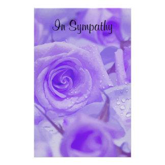In den Beileids-Lavendel-Rosen Briefpapier