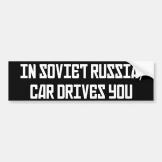 In den Sowjetrussland-Auto-Antrieben Sie Autoaufkleber