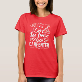 In der Liebe mit einem TISCHLER T-Shirt