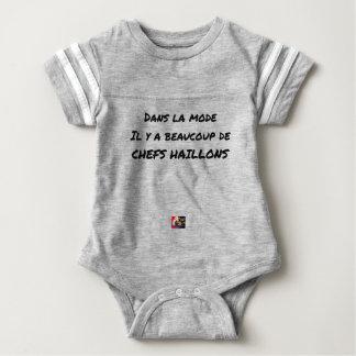 IN DER METHODE ER DORT AN VIELEN CHEFS LUMPEN BABY STRAMPLER